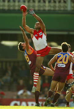 Adam Goodes takes a mark for Sydney Swans