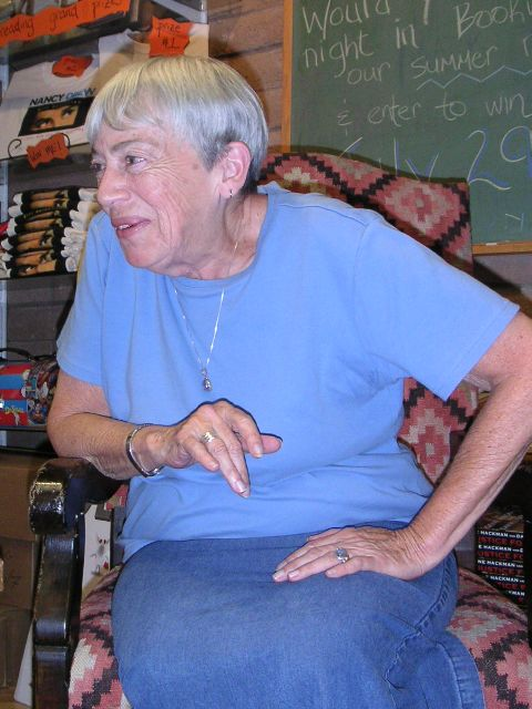Photo of Ursula Le Guin, 2004