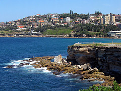 """Just north of Coogee beach"" by Aschaf on Flickr (CC BY)"