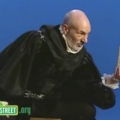 Patrick Stewart in Tudor costume declaiming to the letter B on Sesame Street